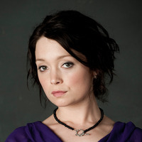 Loretta Westplayed by Antonia Prebble