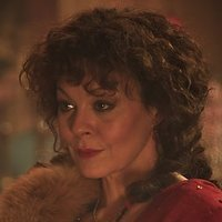 Aunt Polly Gray played by Helen McCrory Image