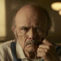 Uncle Dave played by Kurtwood Smith