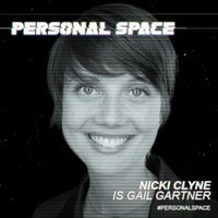 Gail Gartner played by Nicki Clyne