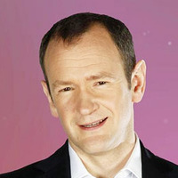 Alexander Armstrong - Presenter Pointless Celebrities (UK)
