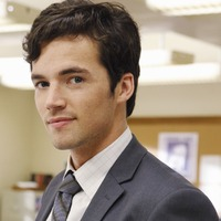 Ezra Fitz  played by Ian Harding