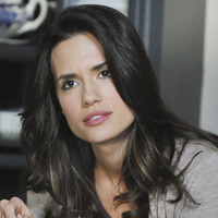 Melissa Hastings played by Torrey DeVitto