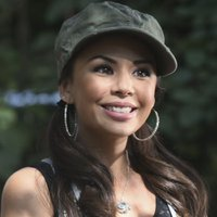 Mona Vanderwall played by Janel Parrish