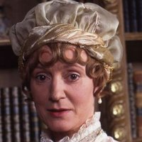 Mrs. Gardinerplayed by Joanna David