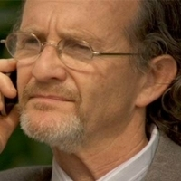 Gideon played by Anton Lesser