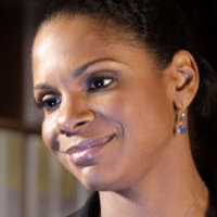 Dr. Naomi Bennett played by Audra McDonald