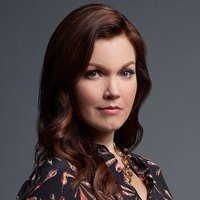 Jessica Whitly played by Bellamy Young