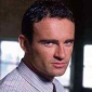 Det. John Grant played by Julian McMahon