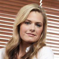 Juliet O'Hara played by Maggie Lawson