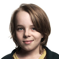 David Vickers played by Ed Oxenbould