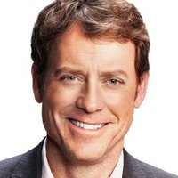 Keegan Deaneplayed by Greg Kinnear