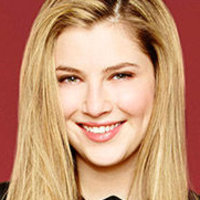 Kara Souders played by Zoe Levin