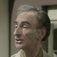 Albert Riddle played by David Kelly