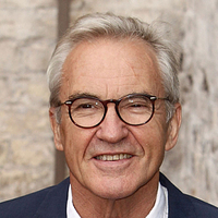 Larry Lamb - Presenter Rome: The World's First Superpower (UK)