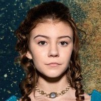 Missy Waller played by G. Hannelius