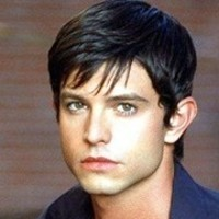 Max Evans played by Jason Behr Image