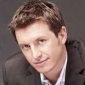 Rove McManusplayed by Rove McManus