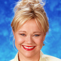 Hilda Spellmanplayed by Caroline Rhea