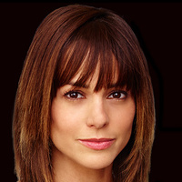 Grace Trumanplayed by Stephanie Szostak