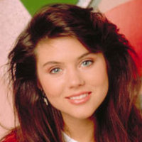 Kelly Kapowski Saved by the Bell