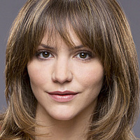 Paige Dineen played by Katharine McPhee