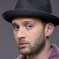 Toby Curtis played by Eddie Kaye Thomas