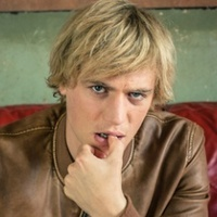 Dylan played by Johnny Flynn