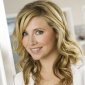 Dr. Elliot Reid played by Sarah Chalke