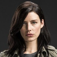 Amanda Ellis played by Jessica Pare