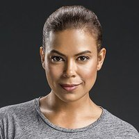 Lisa Davis played by Toni Trucks
