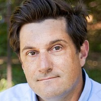 Max played by Michael Showalter