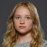 Abby Crawford played by Belle Shouse