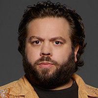 Dave Lindsey played by Dan Fogler