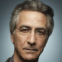 Dr. Leigh Rosen played by David Strathairn