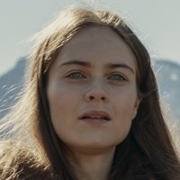 Maghra played by Hera Hilmar