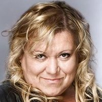 Mimi Maguire played by Tina Malone