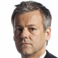 DI Lestrade played by Rupert Graves Image
