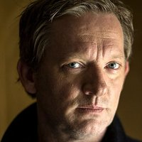 DI Jimmy Perez played by Douglas Henshall