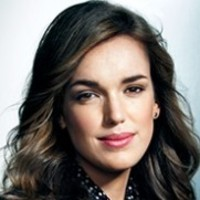 Agent Jemma Simmons played by Elizabeth Henstridge