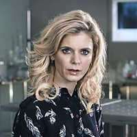 Dr. Nikki Alexander played by Emilia Fox