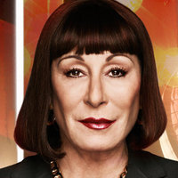 Eileen Rand played by Anjelica Huston