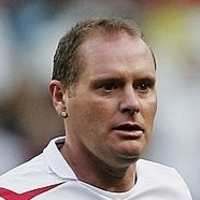 Himself - England Team (4) played by Paul Gascoigne