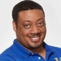 Kennethplayed by Cedric Yarbrough