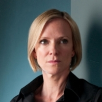 Ros Myers played by Hermione Norris