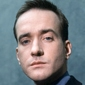 Tom Quinn played by Matthew Macfadyen
