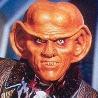 Quarkplayed by Armin Shimerman