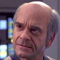 Doctor Lewis Zimmermanplayed by Robert Picardo