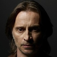 Dr. David Rush played by Robert Carlyle