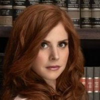 Donna Paulsen played by Sarah Rafferty